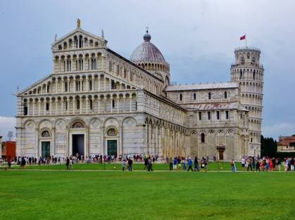Miracle Square and the Leaning Tower of Pisa