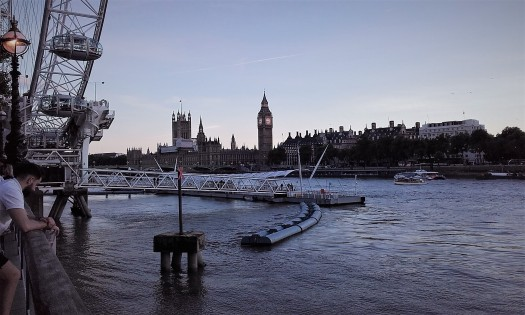 Dusk falls over the Houses of Parliament