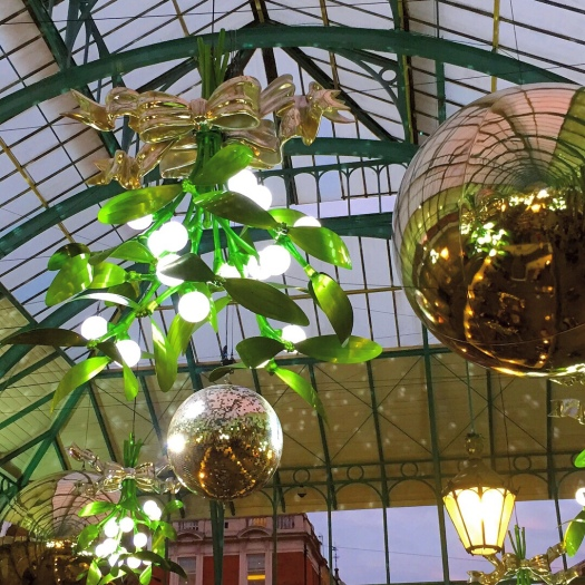 Giant mistletoe chandeliers: Christmas time at Covent Garden